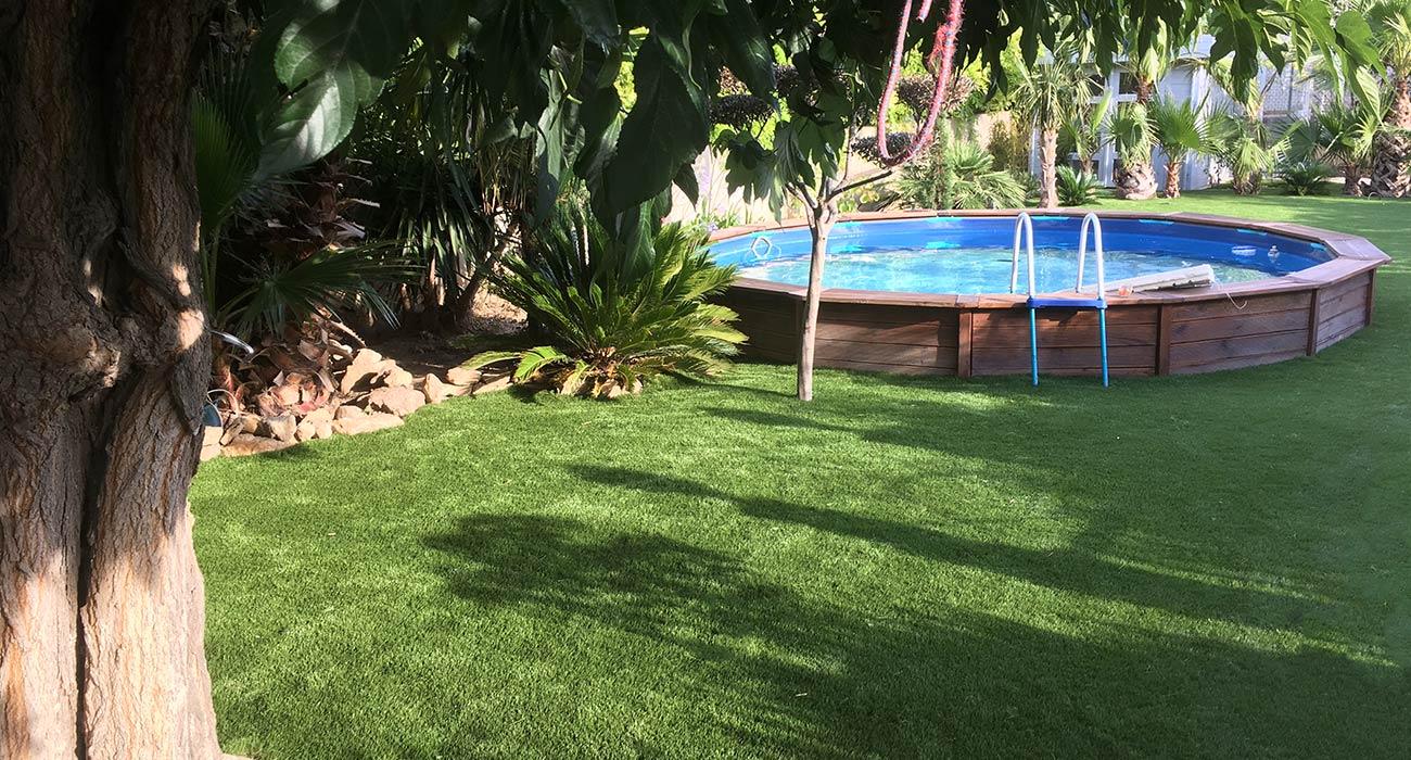 sweepy grass fabricant de brosse lectrique pour gazon synth tique. Black Bedroom Furniture Sets. Home Design Ideas